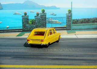Dinky Toys Renault R16 No.166 1967 : Diorama PS2 GT4 Computer Game Backdrop Costa di Amalfi - 10 Of 31