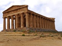 Temple of Concordia  -  Agrigento (Sicily) (rsilwar@yahoo.com) Tags: sicily agrigento valleyofthetemples temleofconcordia silwar reinhard