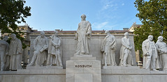 Kossuth Monument, Kossuth Lajos Square, Budapest, Hungary (trphotoguy) Tags: kossuthlajostér kossuthlajossquare budapest hungary kossuthmonument 24mmf28d