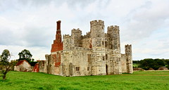 Titchfield Abbey (Roy Richard Llowarch) Tags: titchfieldabbey abbey abbeys titchfield titchfieldfareham fareham farehamhampshire history england english englishheritage historic historical hampshire hampshireengland historicengland englishhistory ruins norman britishhistory british ancient architecture travel travelling summer summertime clouds cloud buildings 2017 august stone brick middleages medieval medievalarchitecture medievalengland royllowarch royrichardllowarch llowarch outdoor places beautifulplaces walks walking countrywalks countryside