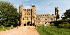 Battle Abbey Gatehouse (Keith in Exeter) Tags: battle abbey gatehouse sussex england fortified tower road gravel grass lawn medieval architecture building historic outdoor hastings