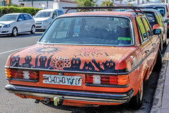 Hola! (I was blind now I see!) Tags: car painting boot trunk graffiti gofasterstripes art hola spanish spain grancanaria rear rearlight taillight wheels streetphotography