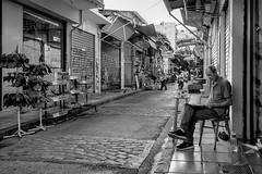 Thessaloniki, street photography (Andreas Mamoukas) Tags: thessaloniki macedonia greece street streetphotography kapani fujifilmx70 macedoniagreece makedonia timeless macedonian macédoine mazedonien μακεδονια