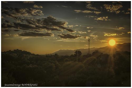 "La Adrada. Puesta de sol en contraluz. • <a style=""font-size:0.8em;"" href=""http://www.flickr.com/photos/133275046@N07/37355125875/"" target=""_blank"">View on Flickr</a>"