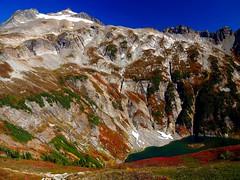 Sahale Peak and Doubtful Lake with fall color (jaisril) Tags: breathtakinglandscape doubtfullake sahalepeak sahalearm northcascades washingtonstate