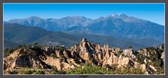Ille sur Têt (Pyrénées orientales) (gilbert.calatayud) Tags: ille sur têt mont canigou cheminées de fée orgues pyrénées orientales catalogne