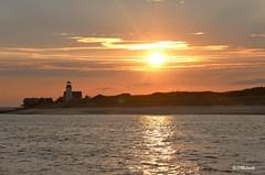 Barnstable Harbor Sunset (DML0mba) Tags: kapechick barnstablema beach sandyneck sunset snk hawk harbor lighthouse flight house canon capecod capelife capecodlife 7dmarkii