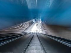 Going down (aka Zoom) (katrin glaesmann) Tags: münchen munich tube station ubahn metro mvg stquirinplatz workshop u1 moving escalator balancingtripod 1997 paulkramerundmanfredrossiwaljespersen ulrichelsner hermannöttlmünchen