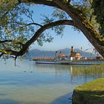 Chiemsee - Raddampfer »Ludwig Fessler« am Anleger »Fraueninsel« thumbnail