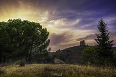 Castillo (Dancodan) Tags: nikon d7100 nikkor1024mmf3545gdxswmedifasphericalafs paisajes málaga monumentos castillo nubes atardecer kdd nikonistas malaka fb