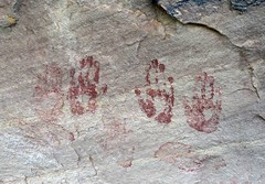 Pictographs at Monarch Ruins (Ron Wolf) Tags: anasazi anthropology archaeology bearsearsnationalmonument combridge nationalpark nativeamerican puebloan anthromorph anthropomorph handprint pictograph utah