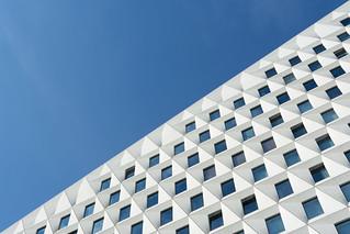 Diagonal facade