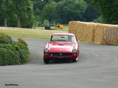 Bo Williams - 1959 Ferrari 250 Chevrolet Hot Rod (BenGPhotos) Tags: 2017 chateau impney hill climb classic historic race racing motorsport autosport motor sports sport car italian red bo williams 1959 ferrari 250 chevrolet hot rod 495uyp