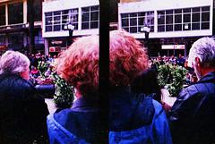 Fogo (terencekeller) Tags: olympus pen eed fujifilm superia xtra 400 35mm film half frame meio quadro penography cor terence keller v370 olympuspenee2 halfframe meioquadro díptico diptych