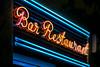 Bar Restaurant (Jorge Franganillo) Tags: spain barcelona catalunya españa neón neonlights bar restaurant restaurante noche night letrero