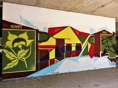 Soviet & Peyo / Ixelles - 6 aug 2017 (Ferdinand 'Ferre' Feys) Tags: bxl brussels bruxelles brussel belgium belgique belgië streetart artdelarue graffitiart graffiti graff urbanart urbanarte arteurbano ferdinandfeys