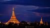 11-10-09 Myanmar (155) Yangon R01 (Nikobo3) Tags: asia myanmar birmania burma yangon pagodashwedagon pagodas templos culturas color puestadesol travel viajes nikon nikond200 d200 nikon7020028vrii nikobo joségarcíacobo flickrtravelaward ngc paisajes nocturna