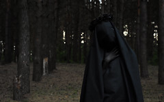 soul reaper. part 2. (Moonpollution) Tags: soul reaper death dead black art abstract moonpollution murk ekkimukk sickle hook forest coronet coronal crown rose hands shape fate doom doomed spit beauty dark darkness gloomy