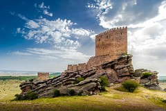 Castle of Zafra, Guadalajara (jesbert) Tags: filming locations game thrones tower joy castle zafra guadalajara sony a7r2 canon 1740mm hdr spain