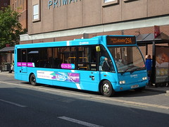 Arriva 2530 Burton (Guy Arab UF) Tags: arriva midlands 2530 yj09oub optare solo m950 bus burton upon trent new street buses