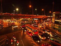Bangkok - Crossroads (sharko333) Tags: travel reise voyage asia asien asie thailand thailande bangkok traffic street crossroads night car bus bridge olympus e620