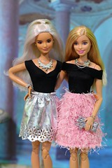 Party dresses (Annette29aag) Tags: barbie doll toy photography portrait madetomove platinumpop articulated
