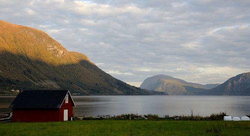 Innfjorden 170927-1w2