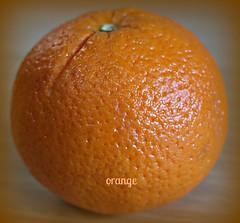 2017 Gorgeous Colour: Orange (dominotic) Tags: 2017 orange colourorange colororange gorgeouscolour food fruit citrusfruit