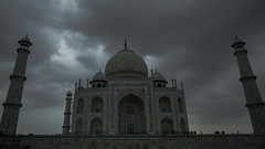 Taj_Black_clouds (Sudharsan Ravikumar) Tags: taj mahal agra fort cwc delhi chennai weekend clickers nbc incredible india chained controversy yamuna architecture mumtaz shiva temple sr sudharsan ravikumar