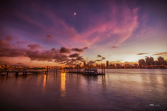 大稻埕 (Wi 視覺) Tags: taiwan taipei sky sunset scenery moon amazing 台灣 大稻埕 light landscapes water blue august ship 台北