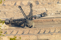 Tagebau Hambach (G_Albrecht) Tags: bergbau industrie rwe schaufelradbagger tagebau technik