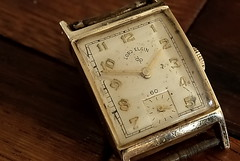 Lord Elgin, Vintage. 1 (X70) (Mega-Magpie) Tags: fuji fujifilm x70 vintage lord elgin timepiece wristwatch watch time c1949 old classic elegant fine classy handsome refined patina 14k gold