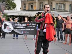 P1020702 (www.deshommesetdesanimaux.fr) Tags: corrida anticorrida nocorrida stopcorrida barbarie cruauté paris 269lifefrance