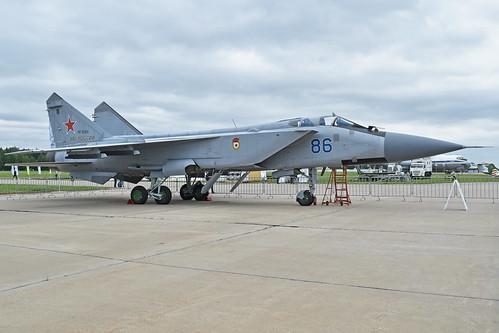 Mikoyan-Gurevich MiG-31BM 'RF-92369 / 86 blue'