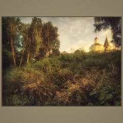 Tarusa pictures. (odinvadim) Tags: mytravelgram paintfx textured textures iphone editmaster travel iphoneography sunset evening iphoneonly church painterly artist snapseed landscape photofx specialist iphoneart graphic painterlymobileart