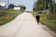 Singură (Dumby) Tags: călărași românia people rural country travel road street