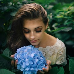 Beauty lies in the innocence (p_terencia) Tags: lovable innocence portraits green blue hydrangeas nature love face endless beauty beautiful