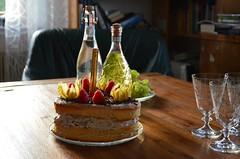 Sünnipäev : ) (anuwintschalek) Tags: nikond7000 d7k 18140vr austria wienerneustadt niederösterreich kodu home interiour sünnipäev geburtstag birthday sünnipäevalaud geburtstagstisch sekt šampa šampus prosecco sünnipäevakook geburtstagskuchen birthdaycake