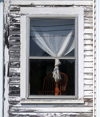 A room with a view: Hancock, Maine, USA (Spencer Means) Tags: dwwg curtain tied chair wood wooden paint peeling weathered white frame village town hancock maine me us usa outside architecture building house old