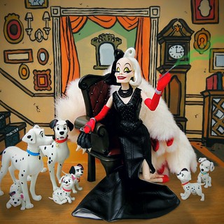 Cruella has arrived DARLING !