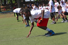 "thomas-davis-defending-dreams-foundation-0175 • <a style=""font-size:0.8em;"" href=""http://www.flickr.com/photos/158886553@N02/37013617712/"" target=""_blank"">View on Flickr</a>"