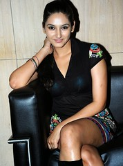 Indian Actress Ragini Dwivedi  Images Set-2 (60)