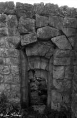 Dangerous Archway (Luca Bobbiesi) Tags: blackwhite biancoenero fortress forti fortificazioni trentinoaltoadige fortezzatrento archway volta analogic fortemediodimattarello mattarello film pellicola canoneos300 ilfordfp4plus125