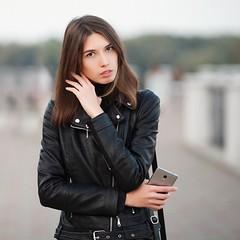 2017-09-14_01-47-30 (Serge Zap) Tags: woman girl portrait canon 5d mark ii 5d2 autumn fall