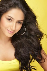 Indian Actress Ragini Dwivedi Images Set-1 (15)