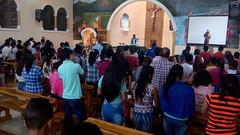 Misa de domingo en la parroquia de San Antonio