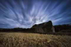 180s (modulationmike) Tags: long exposure fields wheat skies blue streaks barn foliage landscape nikon wideangle beauty colour