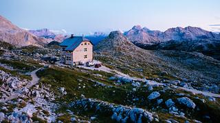 Seekofelhütte - Rifugio Biella - 2327 m