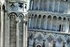 four degrees (Bernergieu) Tags: italy leaningtower pisa architecture detail schieferturmvonpisa säulen columns dom arc bogen turm tower torrependente ornament