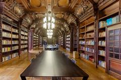 librairie de l'ancien collège des Jésuites à Reims (Patrick Mayon) Tags: reims bibliothèque france grandest fr sciencepo collègedesjésuites architecture hdr indoor jep2017